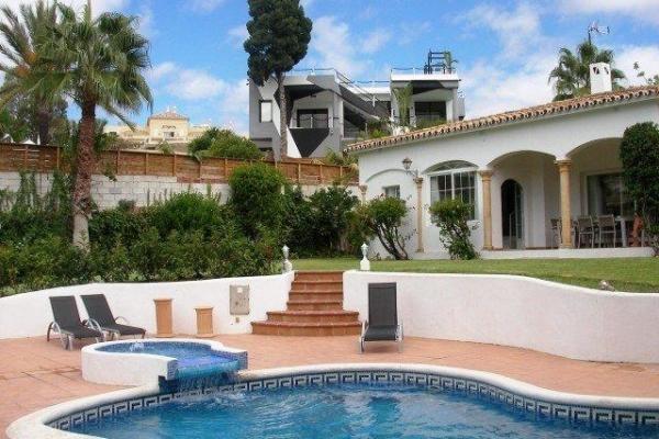 Sold: 4 Bedroom3, Bathroom Villa in La Quinta, Benahavis