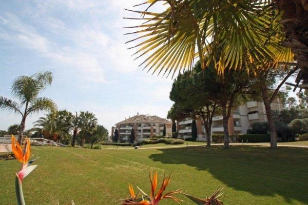 Sold: 2 Bedroom2, Bathroom Apartment in La Trinidad, Marbella Golden Mile