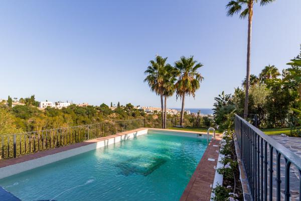4 Bedroom4, Bathroom Villa For Sale in Monte Paraiso Golf & Country Club, Marbella