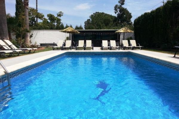 10 Bedroom, 8 Bathroom Villa For Sale in Cortijo Nagüeles, Marbella Golden Mile