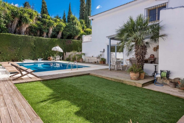 4 Bedroom, 4 Bathroom Villa For Sale in Rocío de Nagüeles, Nagueles, Marbella
